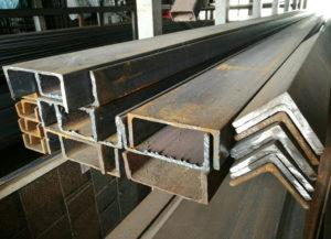 Швеллера и уголки металлические в продаже
